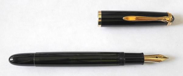image for Pelikan 400NN in black stripe